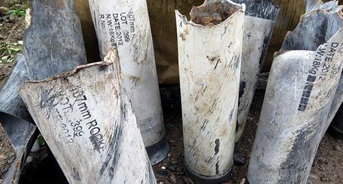 """Снаряды от ракетной установки ТР-107 турецкого производства, собранные у карабахских сел после обстрелов после 24 и 25 октября 2015 года. Фото Алвард Григорян для """"Кавказского узла"""""""