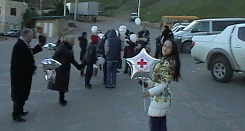 Акция а Красного Креста в Дагестане Фото: http://dagredcross.ru/novosti/37-aktsiya-priurochennaya-k-mezhdunarodnomu-dnyu-dobrovoltsev.html