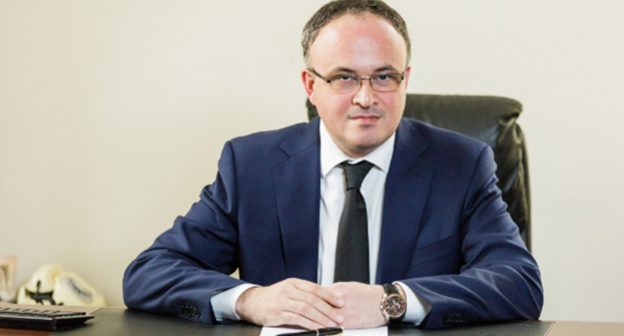 Астамур Тания.  Фото: http://presidentofabkhazia.org/administracija_presidenta/rukovoditel_ap_photo_biograph/