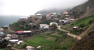 Высокогорное селение Кенхи, Чечня. Фото: http://new.grozny-inform.ru/multimedia/photos/61001/