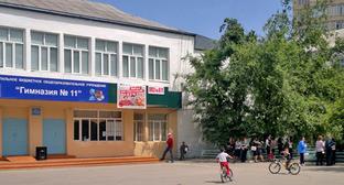 """Гимназия №11 в Махачкале. Фото Расула Магомедова для """"Кавказского узла"""""""