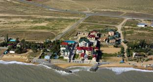 Коттеджный поселок на берегу Каспийского моря. Фото: www.chernovik.net