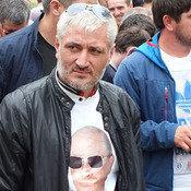 Cover uchastniki aktsii vyrazili podderzhku kursu vladimira putina. . foto patimat mahmudovoy dlya kavkazskogo