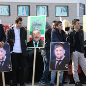 Cover studenty v ozhidanii nachala meropriyatiya